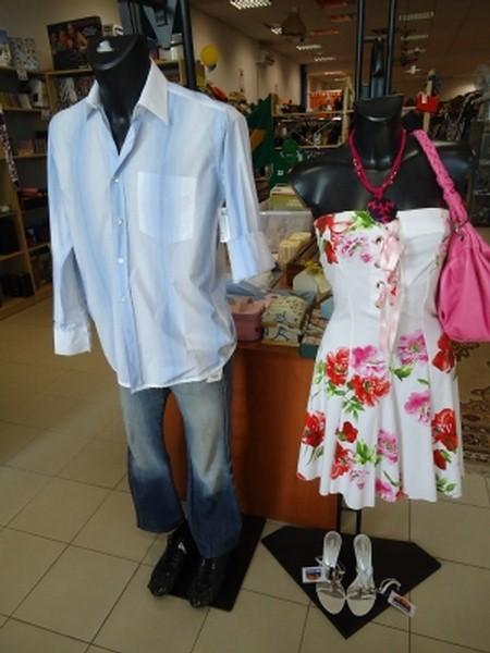 Anche questa settimana siamo qui con una proposta per vestire un uomo e  donna con soli 65 euro! Sempre prezzi molto bassi e ottimi prodotti! 413993ff1b8