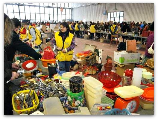 Pesaro il mercatino dell 39 usato solidale dal 27 al 31 dicembre for Mercatino dell usato latina