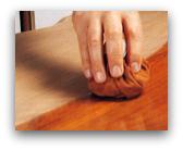 restauro mobili usati gommalacca