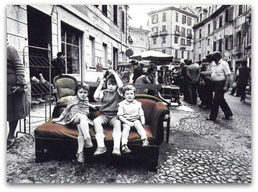 Bambini al Balon di Torino foto storica