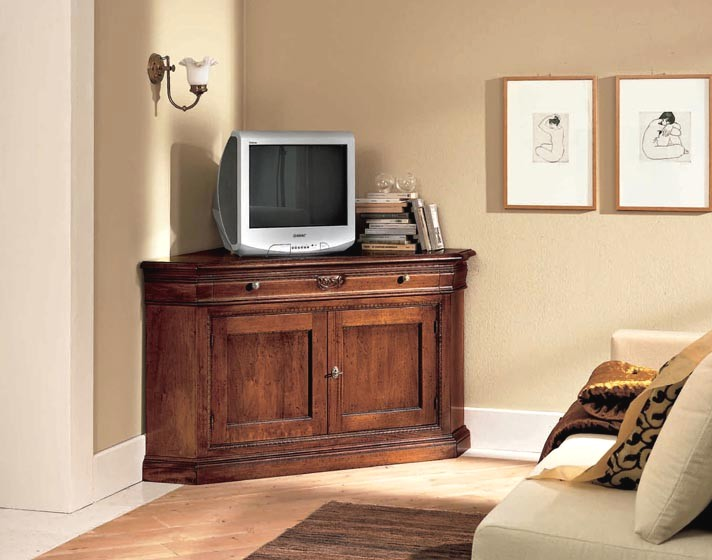 Come vendere e dare nuova vita ai tuoi piccoli mobili - Mobile ad angolo porta tv ...