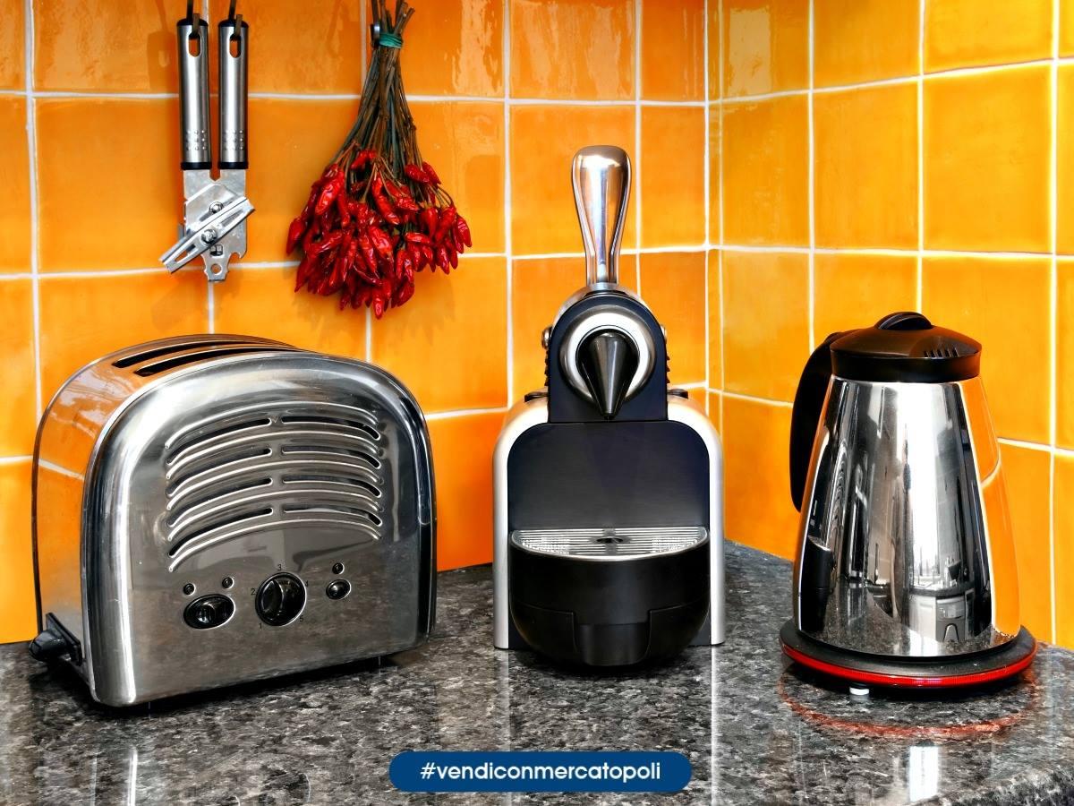 Pulizie di casa vendi i piccoli elettrodomestici mercatopoli - Elettrodomestici piccoli da cucina ...