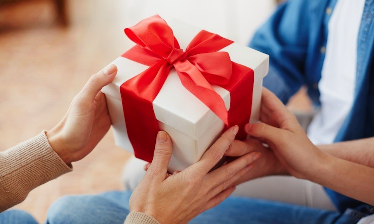 vendere oggetti nuovi come idee regalo