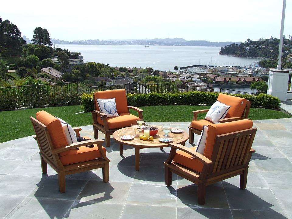 Vuoi vendere i tuoi mobili da giardino usati? - Mercatopoli