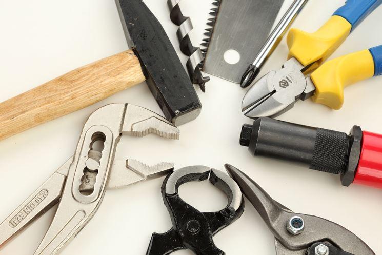 vendere strumenti per bricolage