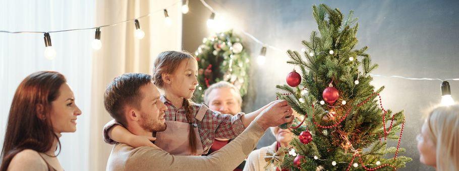 decorare-albero-natale-2019