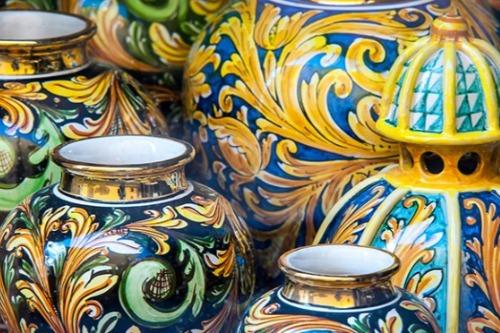 ceramiche caltagirone mercatopoli