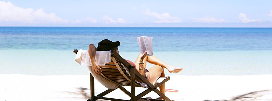 leggere-in-spiaggia